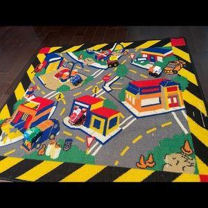 Play mat & trucks